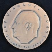 Medalje. 431. Olav V Norges Konge 1903-1973